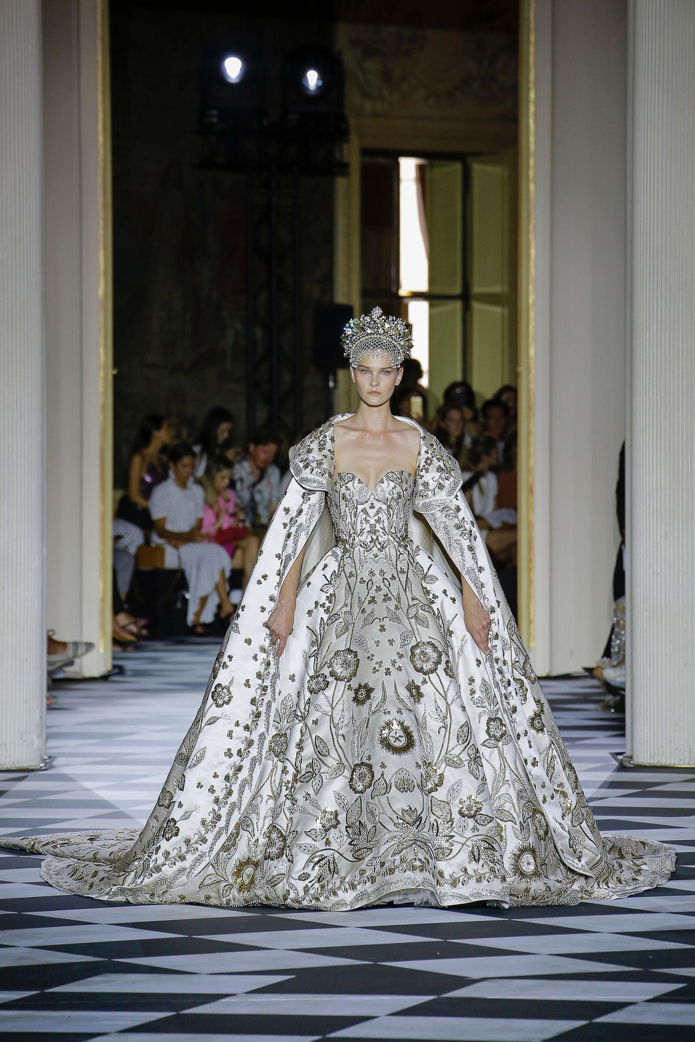 Zuhair Murad, Haute Couture, Imperial Russia Collection, Fall/Winter 2018/2019, Paris Fashion Week
