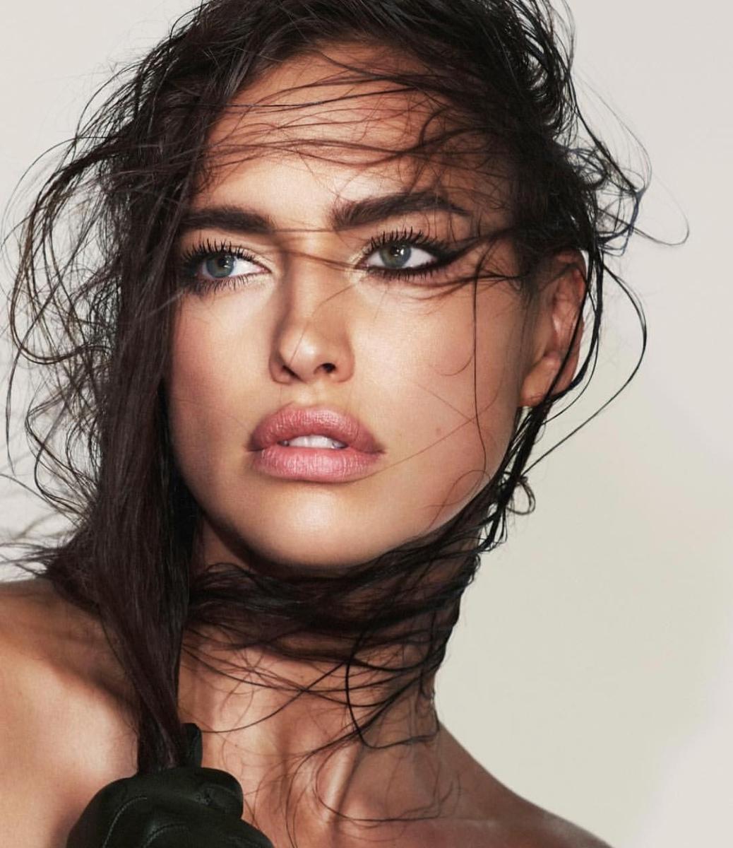 Beauty Notes: 8 Greșeli Care Te Pot Îmbătrâni Fără Să Îți Dai Seama